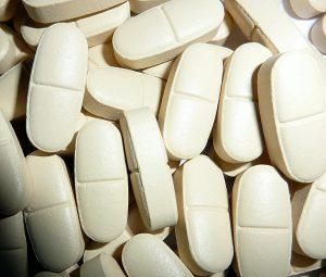 pills-530372_960_720